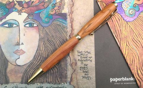 stylo abricotier finition doré.jpg