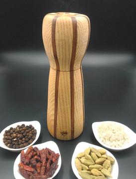 moulin-frene-bandes-noyer-insert-olivier