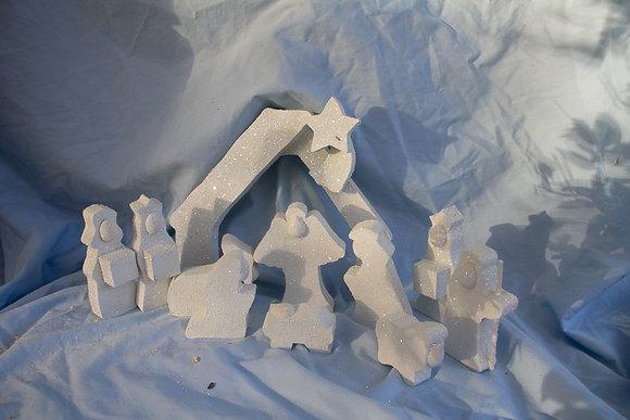 "Primitive ""Shelf Sitter"" Nativity"