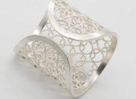 Ring, Monteria
