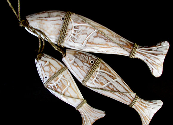 Hanging Fish white/natural set 3