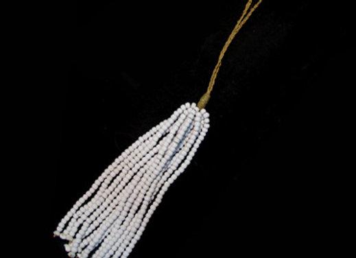 Bead cluster white