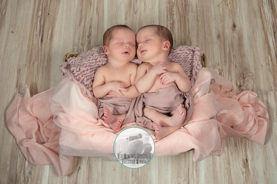 Twins-Newbornshooting
