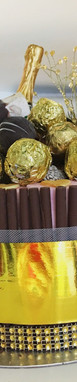 Chocolate umbrella Wedding GOLDEN CAKE