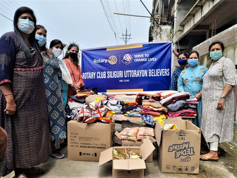 Rotary Club of SiliguriUttorayon believers provides relief and donates old clothes