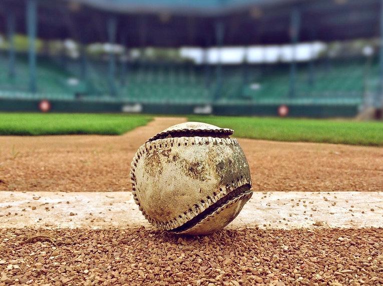 baseball-1091211_1920.jpg