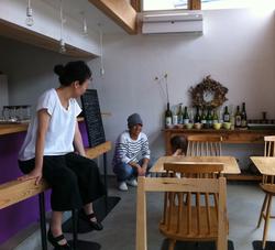 nokka ワインカフェ 椅子
