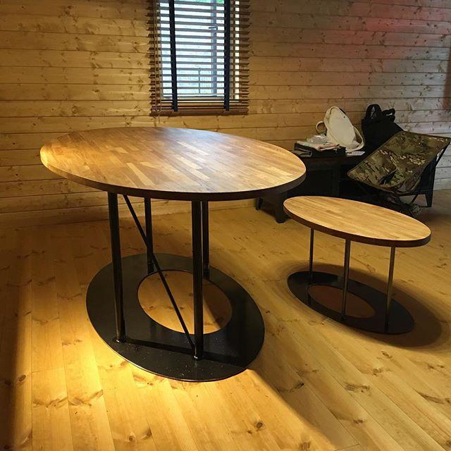 A邸 ダイニングテーブル