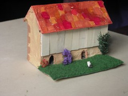 maison papier maché