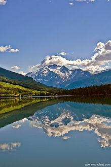 Lava-Lake-1-Flickr-Murray-Felst.jpg