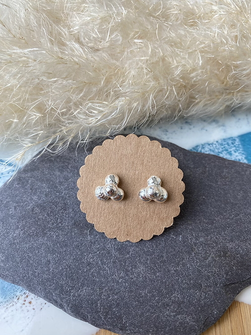 Pebbles stack studs