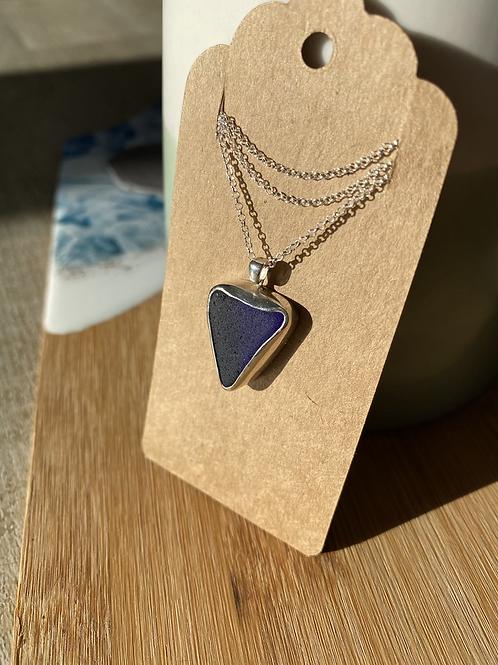 Dark navy blue seaglass set pendant