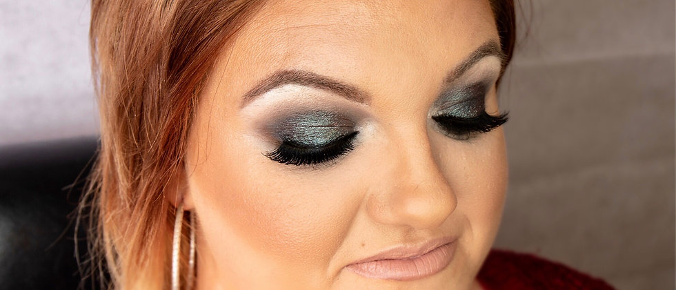 Makeup by Louise - Signature Black Smokey Eye - Step by Step Manual