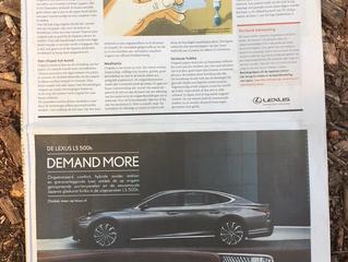 Treurnis-advertising voor het kneusje onder de luxe-auto's