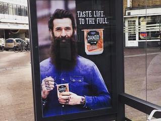 Gap met een baard
