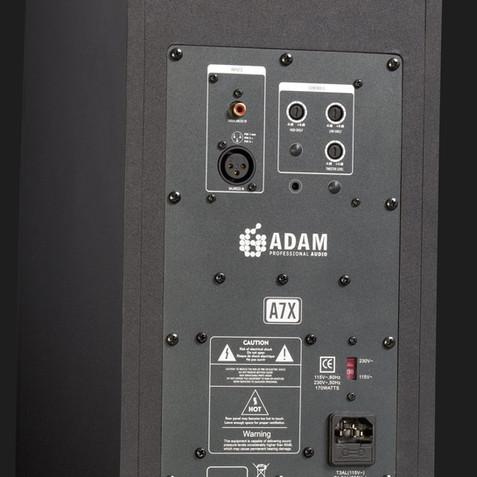 adam-audio-a7x-nearfield-monitor-backsid