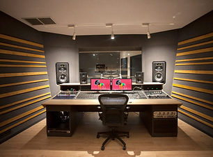 adam-audio-s5v-studio-monitors-cansons-c