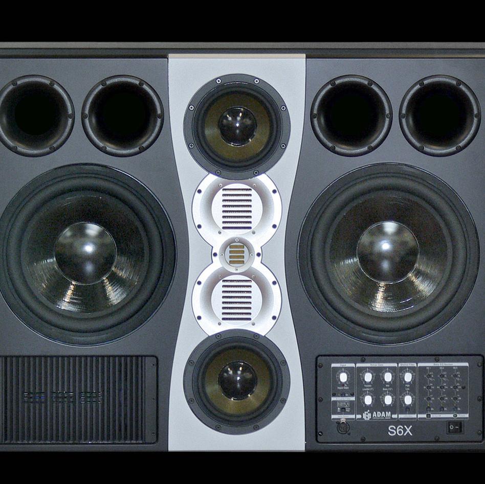 adam-audio-s6x-studio-monitor-1600x980.j