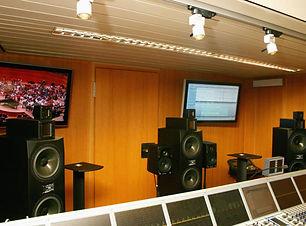 adam-audio-studio-monitors-wdr-768x512.j