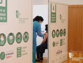 Madeira atingiu as 200 mil vacinas administradas; Gouveia e Melo faz elogios