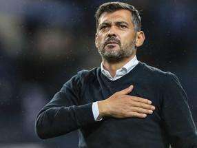 Porto vence Milan no Dragão