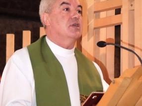"""Papa """"dispensa"""" padre Anastácio mas Diocese não consegue contactá-lo"""