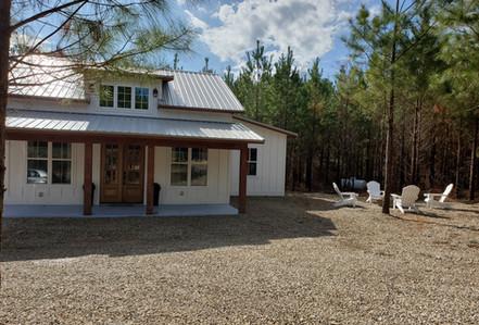 Farmhouse cabin