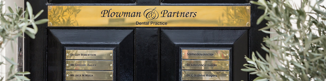 Door at 52 Queen Anne Street in the Harley Street district | Private Dentist in Marylebone London