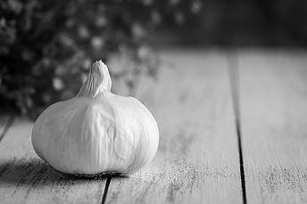garlic bnw on wood-1.jpg