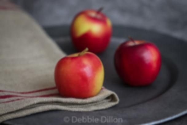Apples wm bottom.jpg
