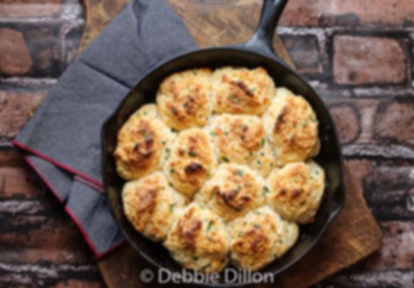 cheesy garlic biscuits.jpg