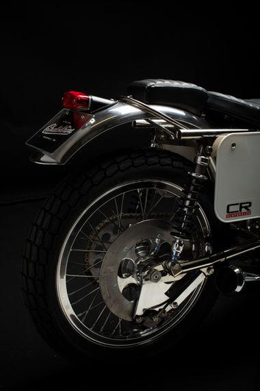 BSA Trackmaster factory replica 1971 street legal 750cc / 65cv / 165kg