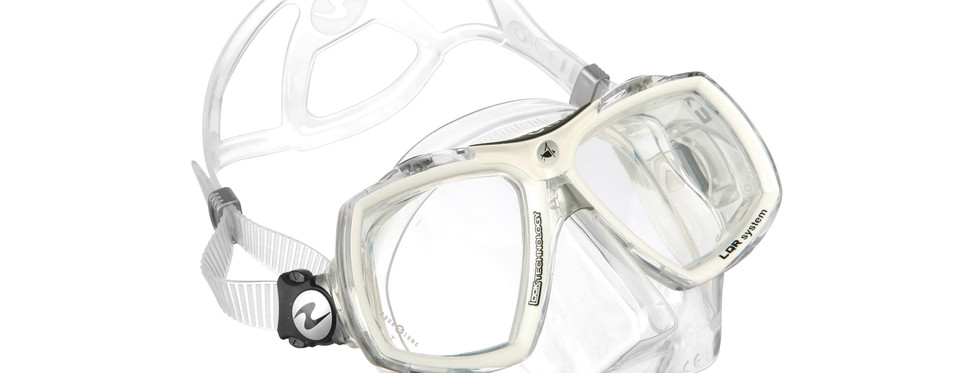 Look 2 - Clear Silicone White Arctic