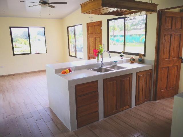 C kitchen.jpg