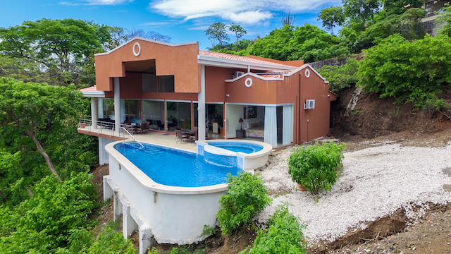 casa-tropical-beach-homes-for-sale (6).jpg