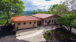 casa-cactus-homeforsale-costarica (4).jpg