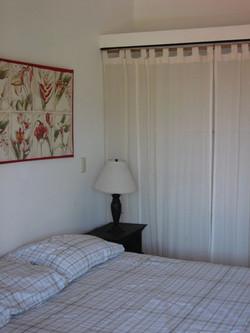 1079bedroom2.jpg