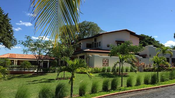 VillaLosCaraos-houseforsale2.jpg