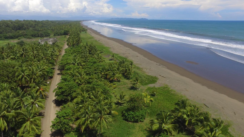 Corts Rica Beachfront Property 107512.JPG