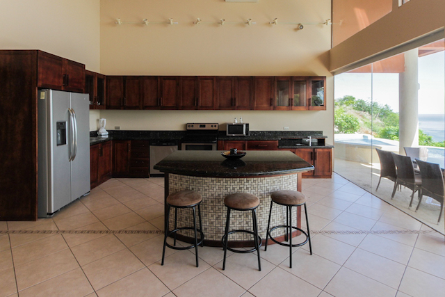 casa-tropical-hermosa-heights-for-sale (5).jpg