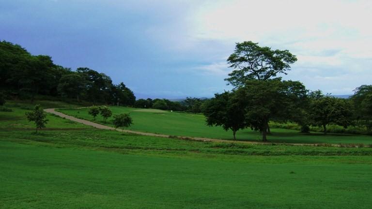 VillaLosCaraos-golfcourse4.jpg