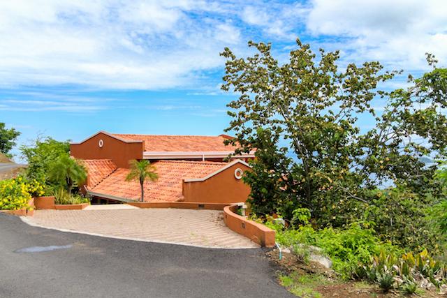 casa-tropical-beach-homes-for-sale (9).jpg