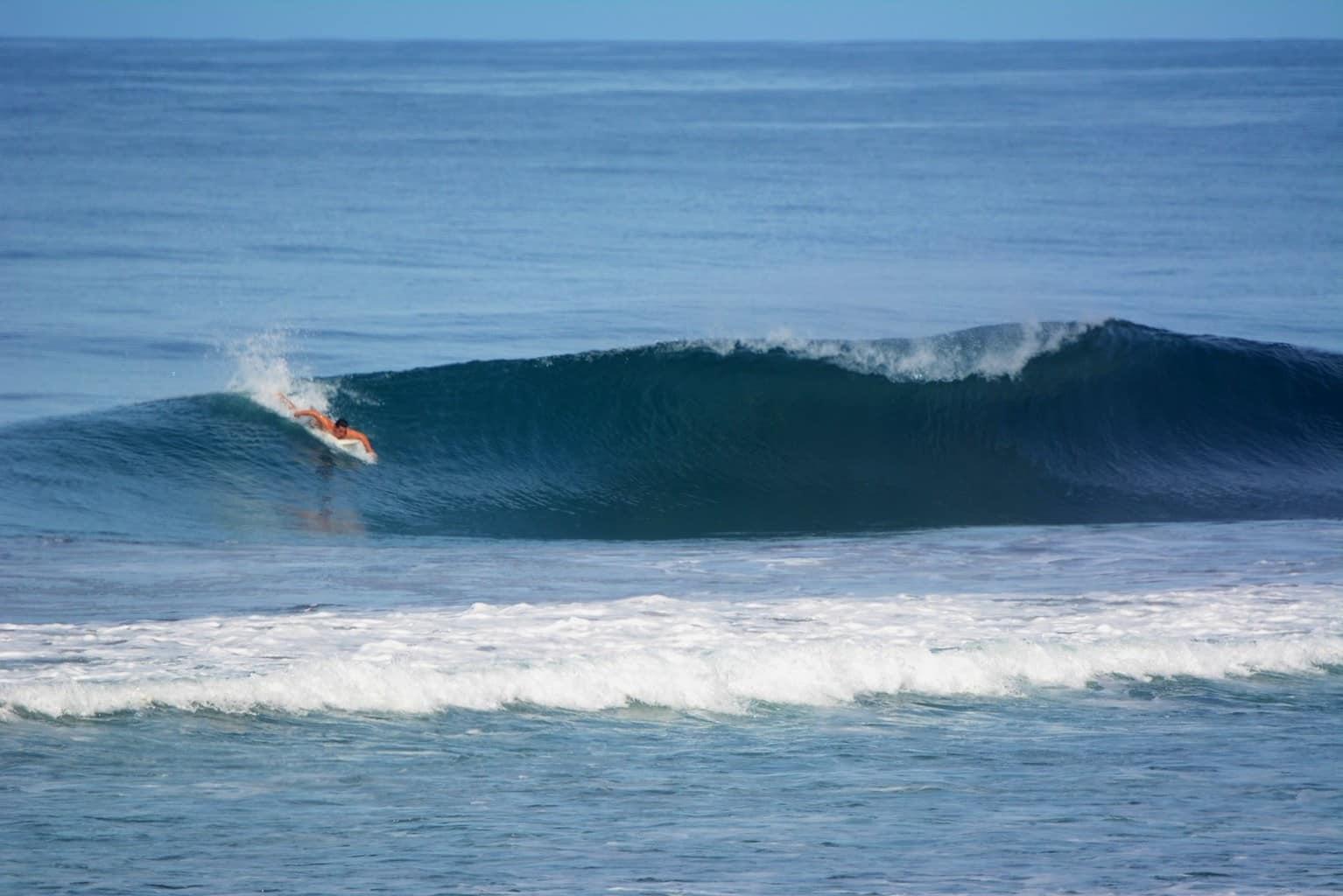 01-Surf-Costa-Rica.jpg