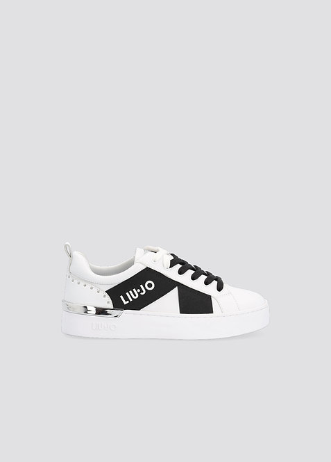 Sneakers blanches avec logo