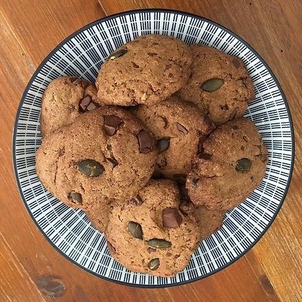 Cookies%20chocolat%20noir%20et%20graines%20de%20courges_edited.jpg