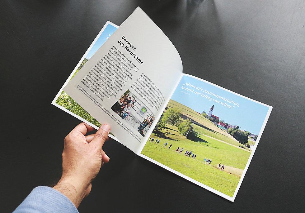 Grafikdesign, Image folder für Unternehmen