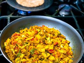 Aloo Gobhi (Spiced Cauliflower & Potatoes)