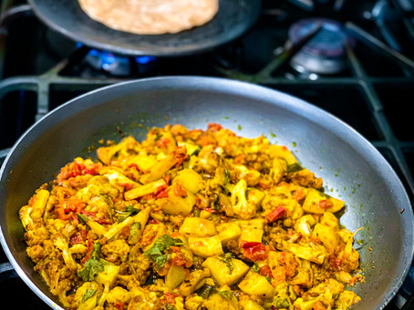 Aloo Gobhi (Spiced Cauliflower & Potatoes)