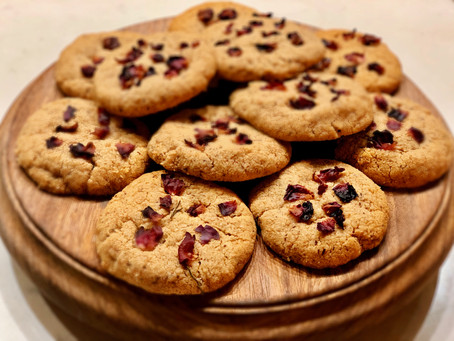 Earl Grey Cookies with Rose Petals