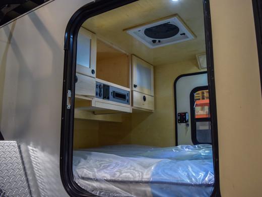 Cabin 01.jpg